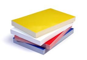 Karton Chromo A4 250g/m2 žlutý bal.100ks -Zadní lakovaná deska na kroužkovou vazbu